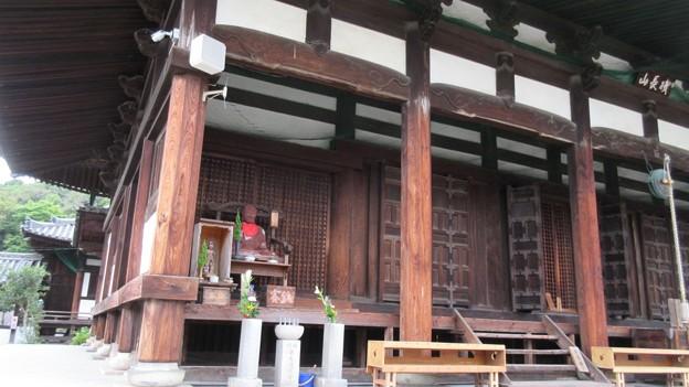 叡福寺(南河内郡太子町)金堂