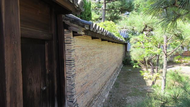 南宗寺(堺市堺区)築地塀