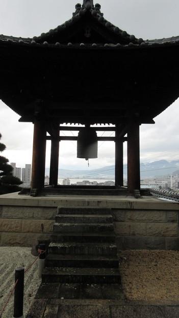 温泉寺(諏訪市)鐘楼