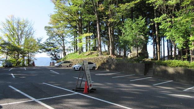 下社 秋宮(下諏訪町)八幡山