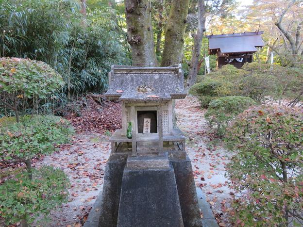 Photos: 二本松城(福島県二本松市)本宮舘 小祠
