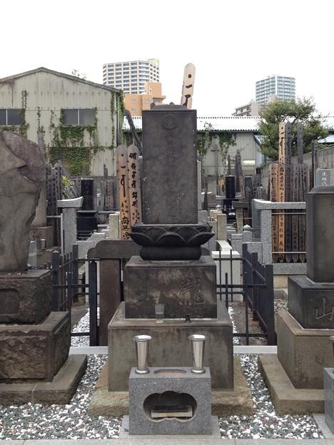 錫杖寺(川口市)瀧山墓