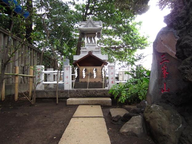 諏訪神社(西日暮里)三峯社