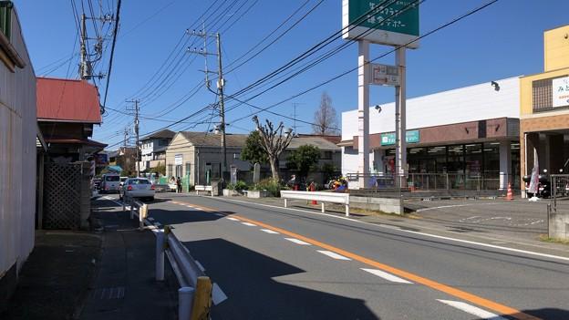 深沢小学校前バス停(鎌倉市常盤)