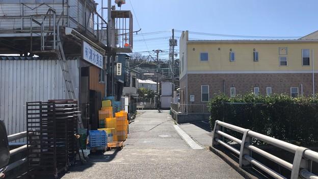 深沢小学校前小径(鎌倉市梶原)