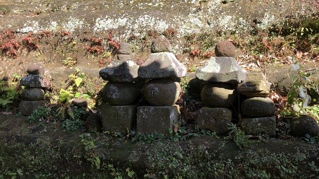 梶原御霊神社(鎌倉市梶原)供養塔群