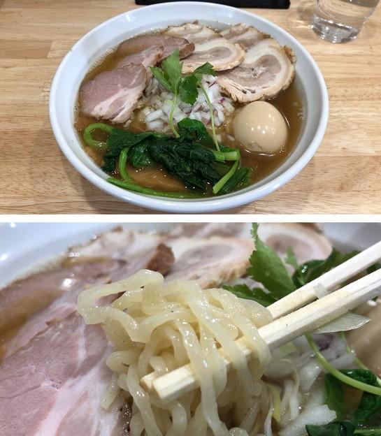 Photos: 厳選煮干らーめん 初代にぼ助(駿河台)