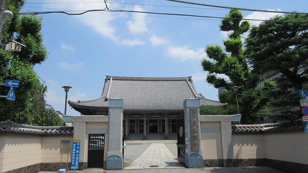 東本願寺(台東区西浅草)正門