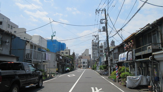 東本願寺(台東区西浅草)門前