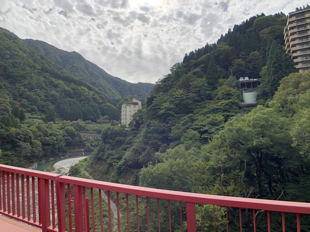 黒部峡谷鉄道 山彦橋より(黒部市)
