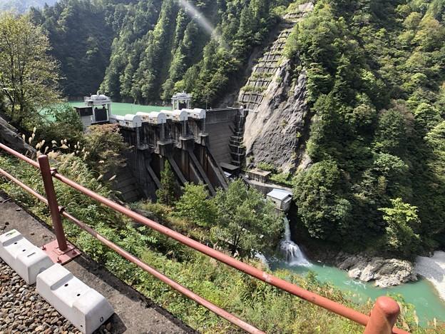 黒部峡谷鉄道 出し平ダム(黒部市)