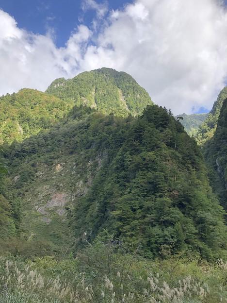 黒部峡谷鉄道 百貫山(黒部市)