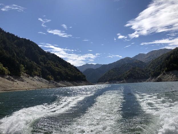 Photos: 黒部湖クルーズ 遊覧船ガルベ(立山町)