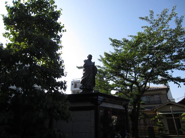 法恩寺(墨田区太平1丁目)日蓮像