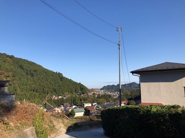 戸倉三島神社(あきる野市)一の鳥居前より