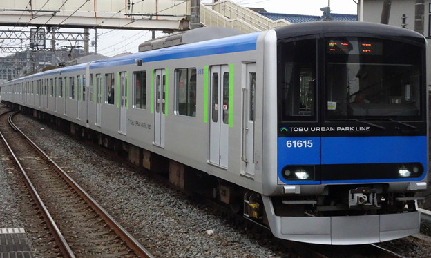 東武アーバンパークライン(野田線)60000系(有馬記念当日)