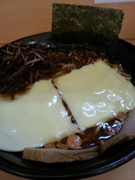 梅吉らーめん チーズと濃厚とんこつに合う d=(^o^)=b