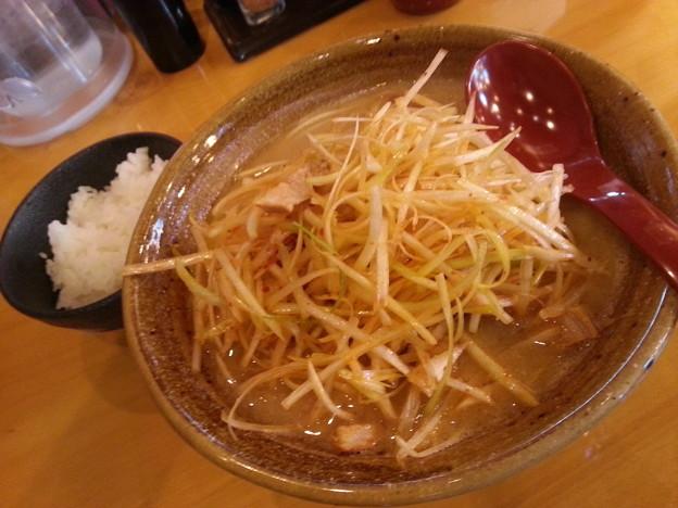 麺湯 田所商店 九州味噌 肉ネギらーめん 甘口&小ライス ♪