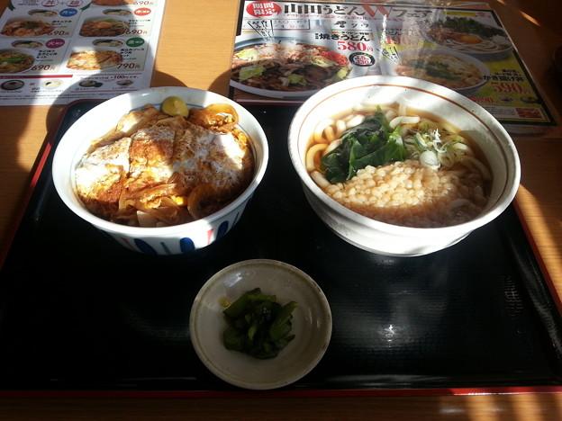 山田うどん 日替わり 煮込みソースカツ丼セット(≧▽≦)