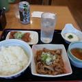 写真: 山田うどん パンチ定食ご飯大盛り&特製唐揚げ