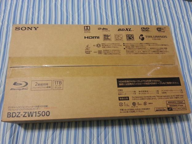 人生初めて Blu-rayレコーダー買ったあああ(>_<)。 アニメ録画しまくるぞ♪