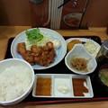 Photos: 山田うどん 唐揚げ定食 ライス大盛り コロッケ
