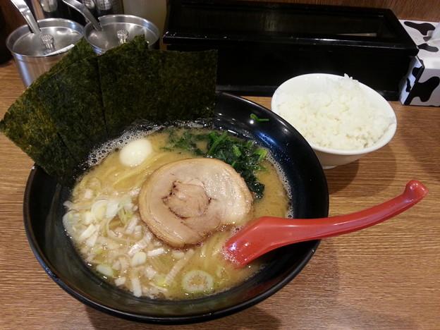武松家 醤油ラーメン ライス(小)