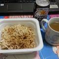 Photos: やきそば弁当 中華スープ付き 美味しい(*^^*)