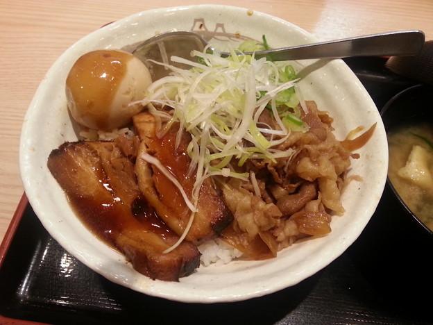 豚角煮丼 美味しい(^q^)