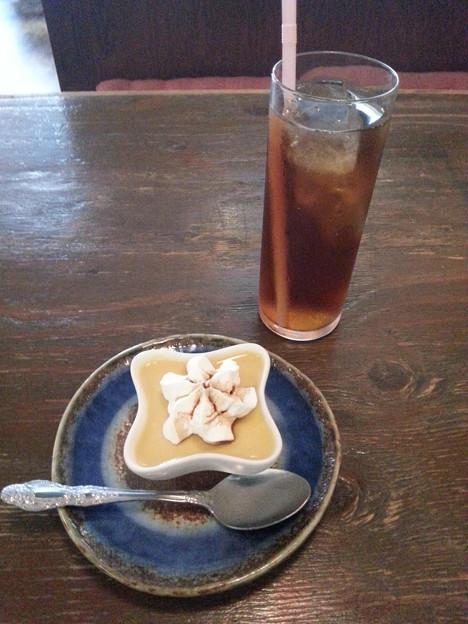 デザート カスタードプリン  ウーロン茶