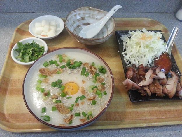 Photos: タイ風おかゆのセット