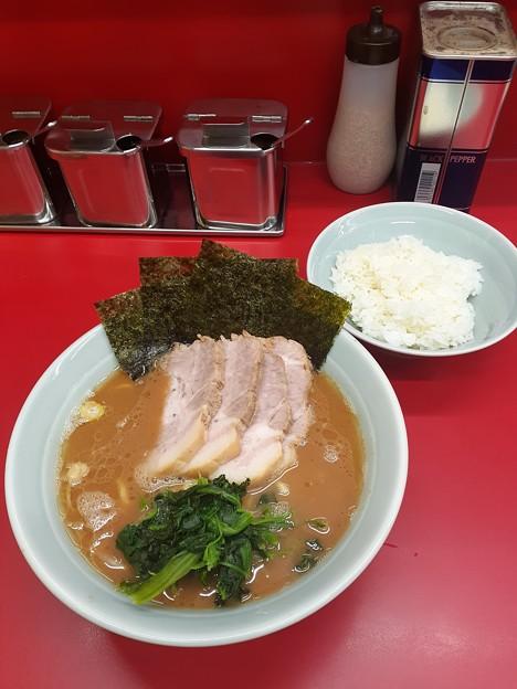 Photos: 武将家  チャーシューらーめん ご飯おかわり無料