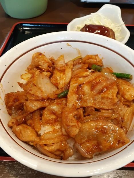 豚味噌焼肉丼 美味しいから食べてみてo(^o^)o