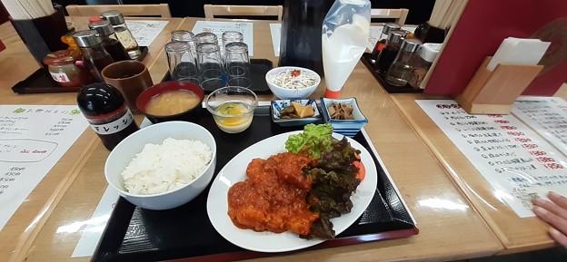 中華料理 秀楽 エビチリ定食