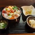 Photos: 居酒屋 ゆう 海鮮丼セット