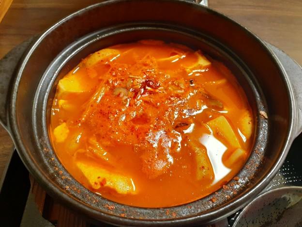 スンドゥブチゲ ピリ辛で美味しいo(^o^)o