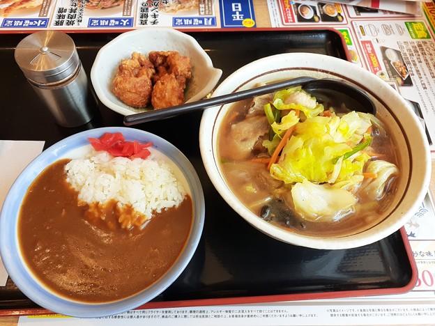 山田うどん 野菜そば ミニカレー丼 唐揚げ