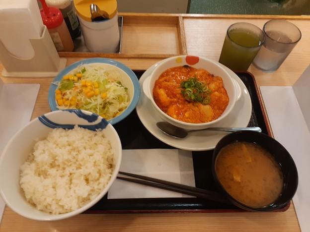 松屋 エビチリ定食 ライス大盛り無料