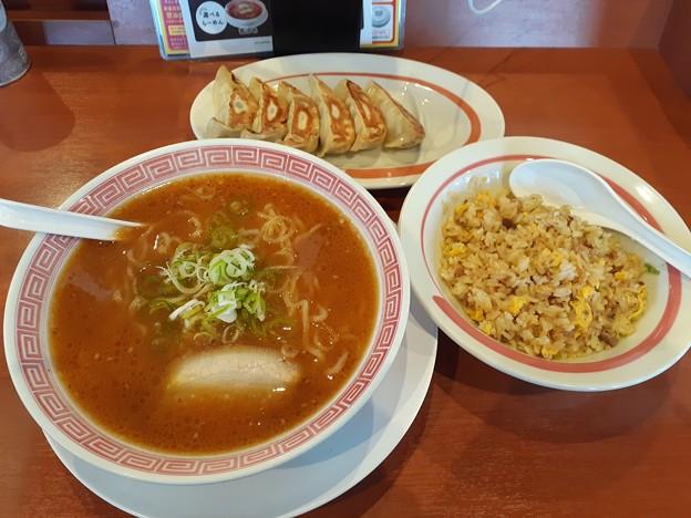 幸楽苑 ランチDセット 味噌ラーメン 半チャーハン 餃子