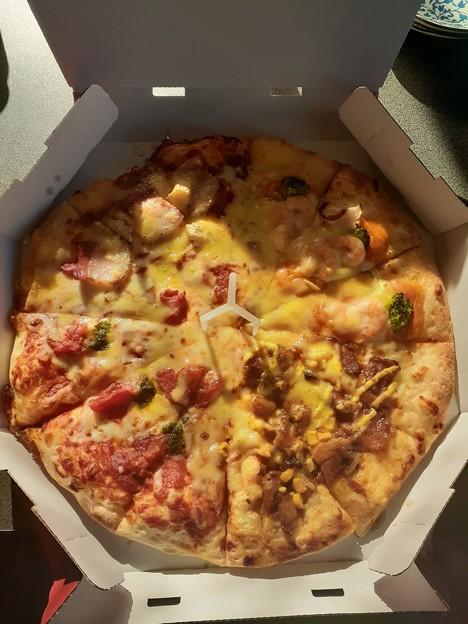 元旦はピザ