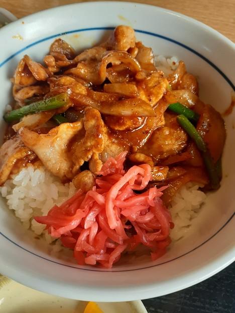 豚味噌焼肉丼 うまい( ≧∀≦)ノ