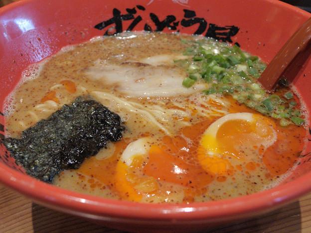 元味HOTらー麺2倍辛+煮玉子
