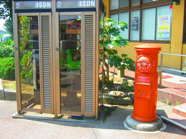 新潟県 JR村上駅前 丸ポスト         NO.001  新潟県001