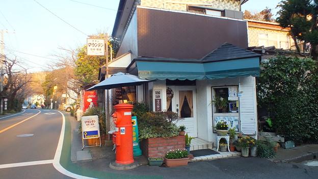 神奈川県鎌倉山 喫茶マウンテン前 丸ポスト 神奈川002