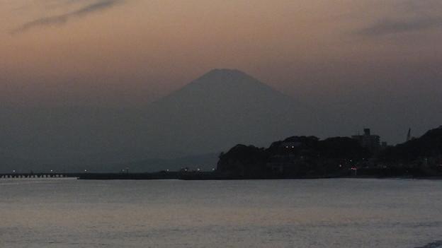 鎌倉 七里ガ浜から見た富士山