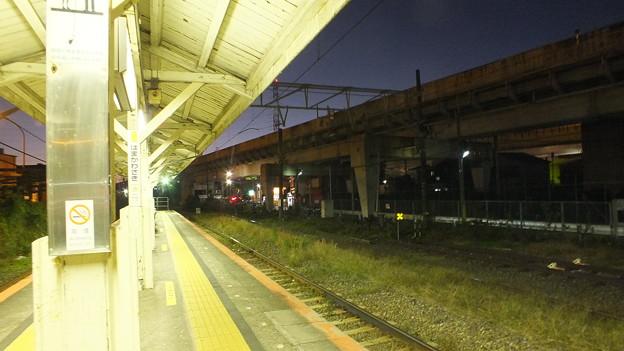 JR鶴見線浜川崎駅構内から見た夕景2