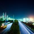 深夜の工業地帯