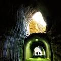 Photos: 二階建 向山トンネル