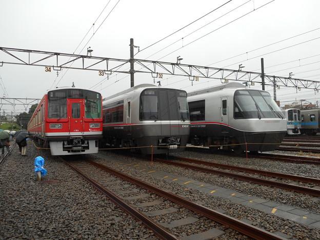 クハ1161・クハ30151・クハ30551の3並び 2017-10-21
