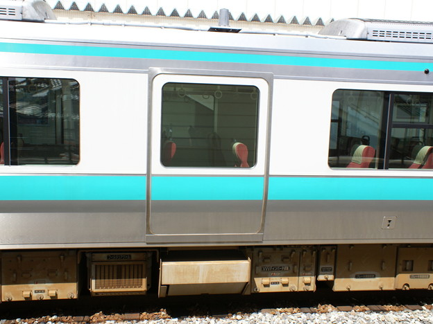 #3462 クモハ125-11中央部のダミードア 2008-3-24